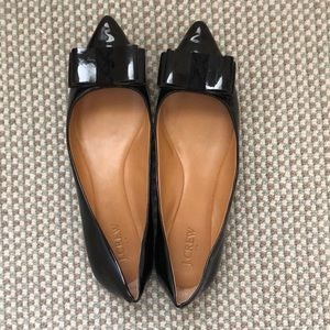 J.Crew Black Patent Leather Flats w Bow Detail